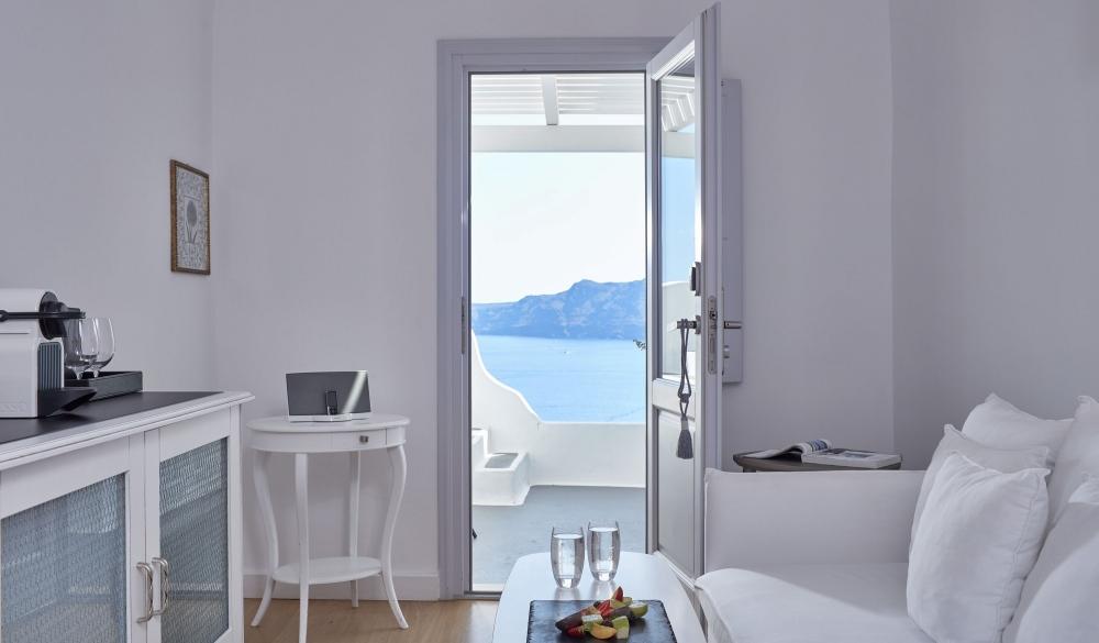 Katikies Hotel – Santorini, Greece, cliffside hotel in Greece