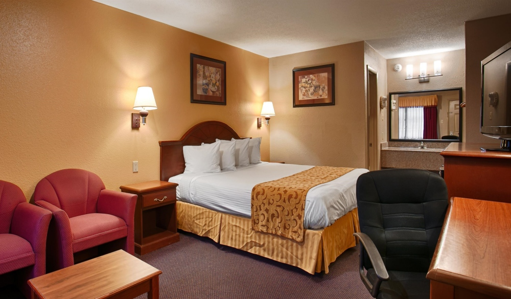 Best Western Delhi Inn, hotels near UNESCO sites