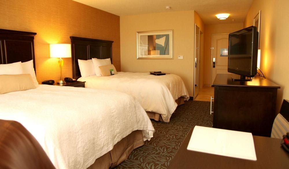 Hampton Inn & Suites Carlsbad, hotels near UNESCO sites