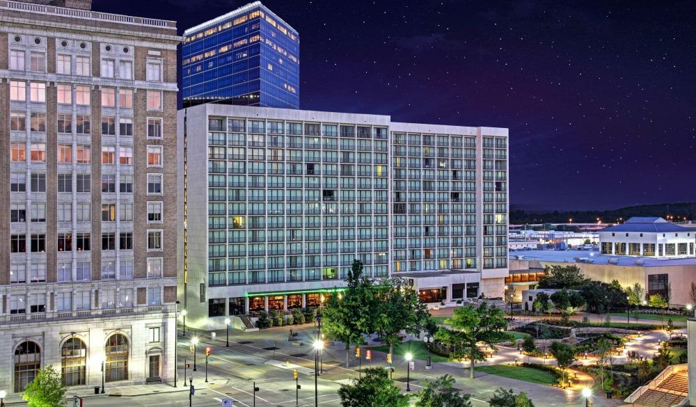 Hyatt Regency Tulsa, top hotel for route 66 road trip