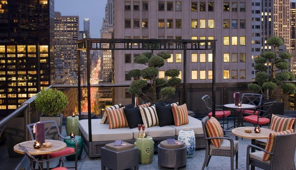 The Peninsula New York, hotels with sky bar
