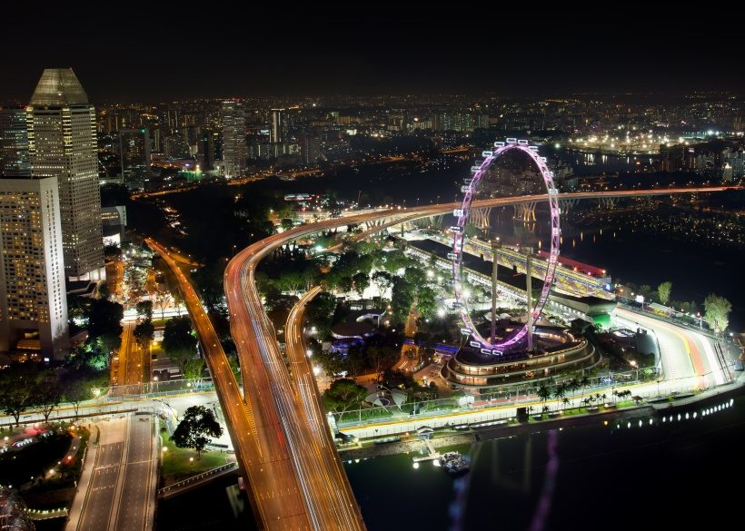 Skyline of Singapore with view on the F1 race track