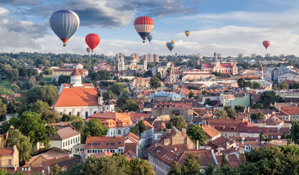 Balloons over Vilnius (I), hidden travel gems