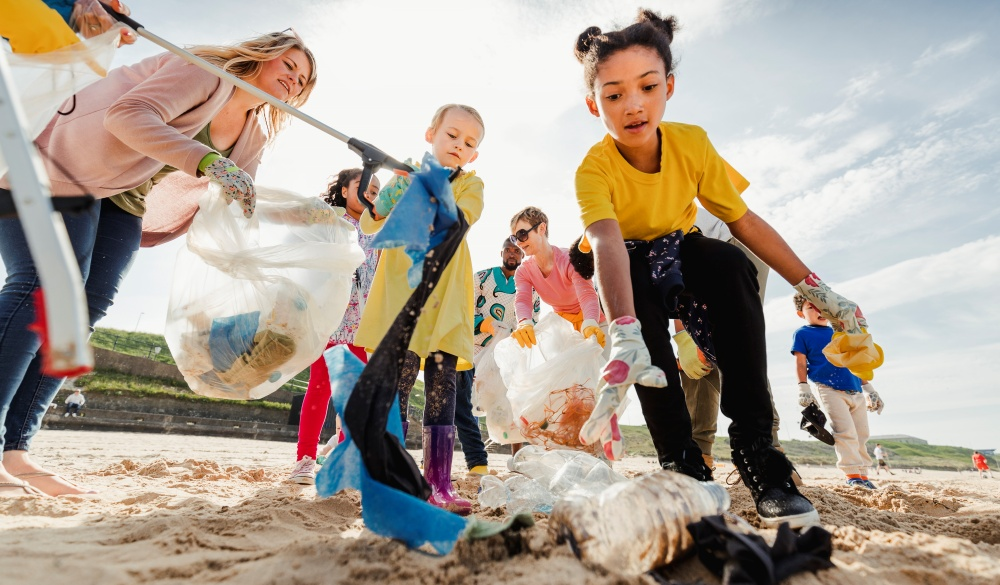 Community Volunteer Groups on the Beach