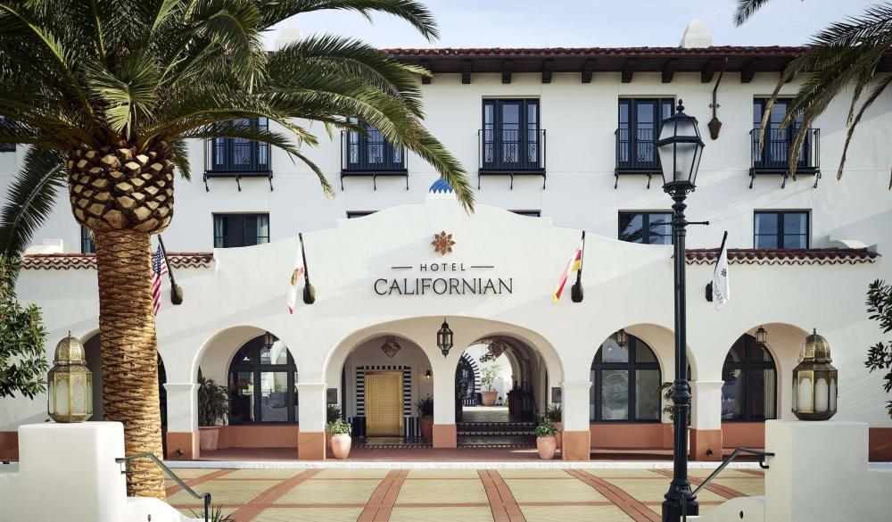 Hotel Californian, hotel to stay in the neighbourhood