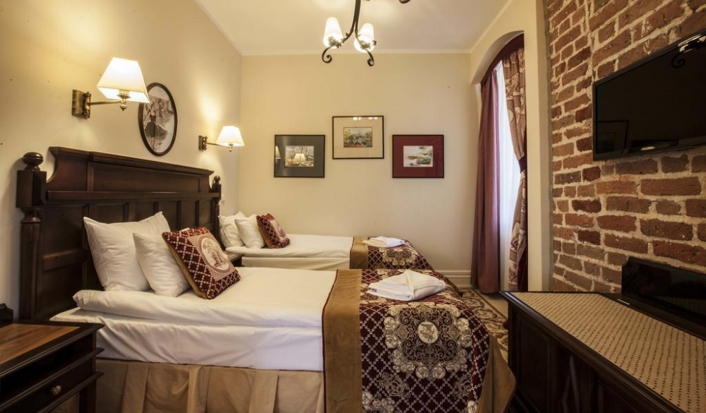 Hotel St. Bruno, best hotel for europe's lake getaways