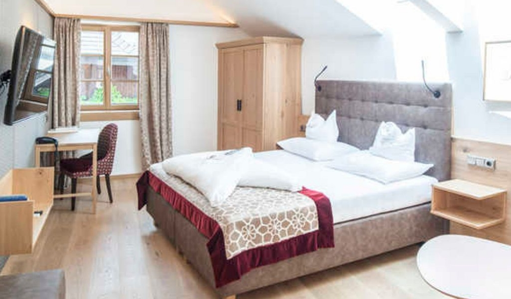 Im Weissen Rössl am Wolfgangsee, best hotel for europe's lake getaways