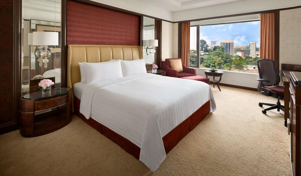 Shangri-La Hotel Kuala Lumpur, hotels with pools