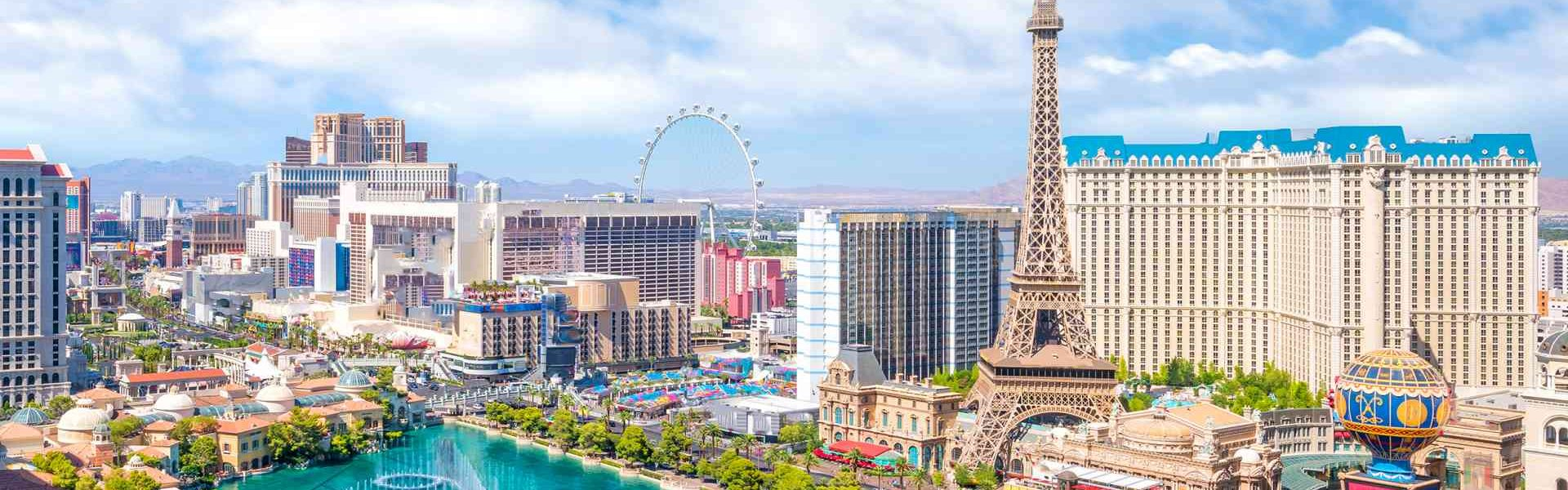 Win Big At These 13 Awesome Hotels In Las Vegas With No Resort Fees From 35 Hotelscombined Win Big At These 13 Awesome Hotels In Las Vegas With No Resort Fees From 35