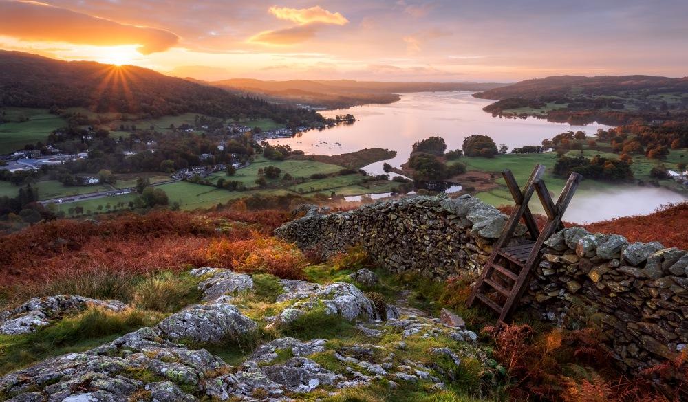 Stile, Loughrigg Fell, Ambleside, Windermere Lake, Lake District, Cumbria, England, best lake getaways