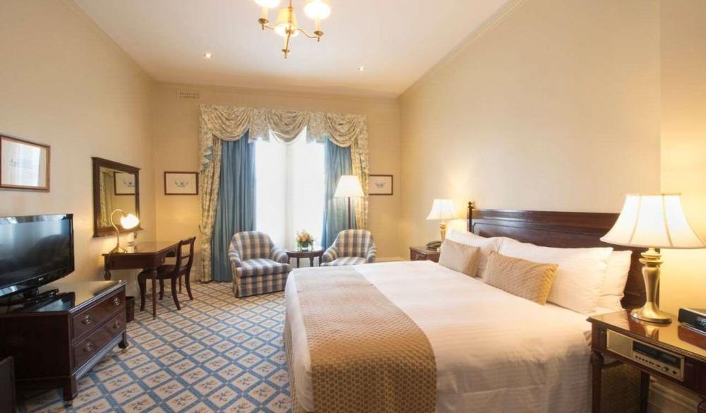 The Hotel Windsor, 5-star hotel