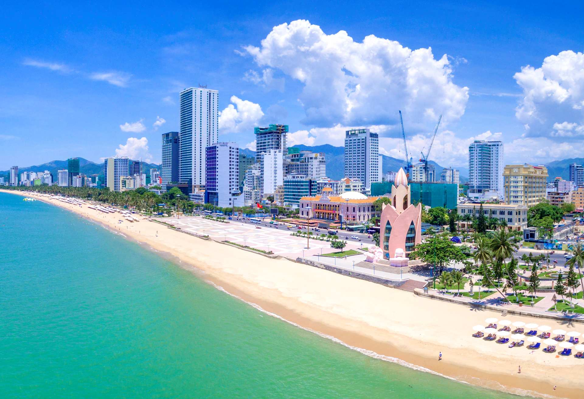 Dreamy Nha Trang Beach Hotels