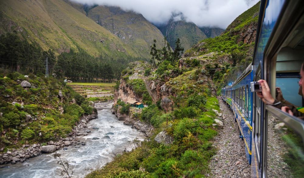 Train from Cuzco to Machu Pichu., scenic train ride