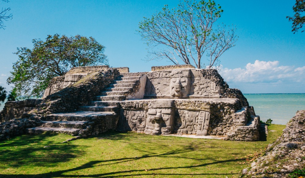 Cerros Maya Ruins in Belize. Mayan sites to visit