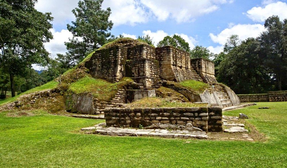 Temple 2, Iximche ruins