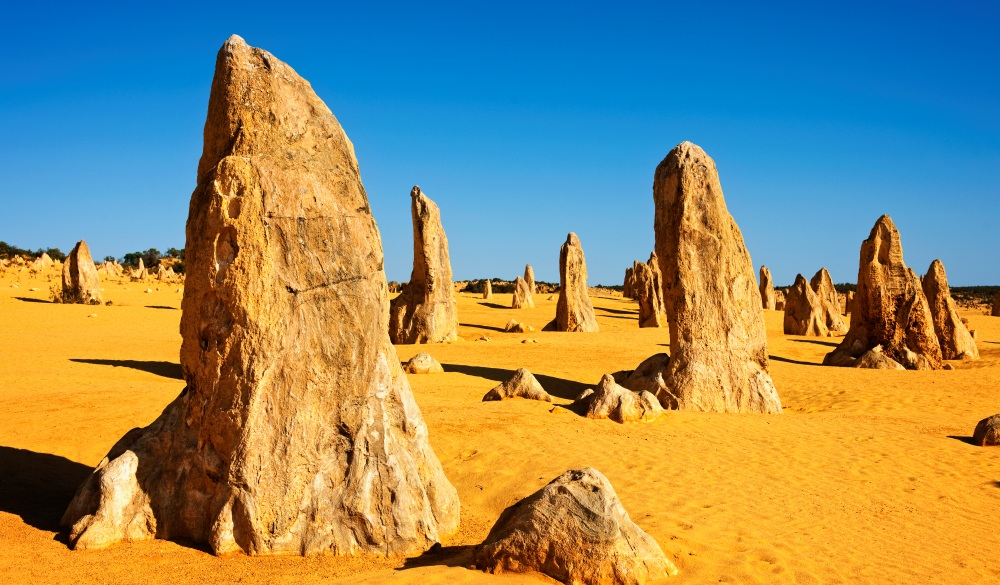 the pinnacles, best place to visit in western australia