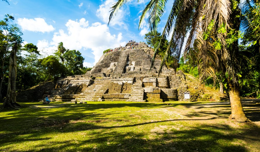 Central America, Belize, Yucatan peninsula, New River, Lamanai, Maya ruin, High Temple