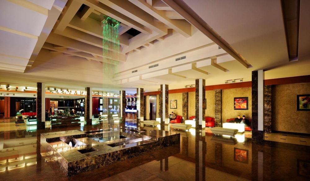Grand Majestic Hotel Prague, hotel for Tropical Paradise VS Winter Wonderland destination