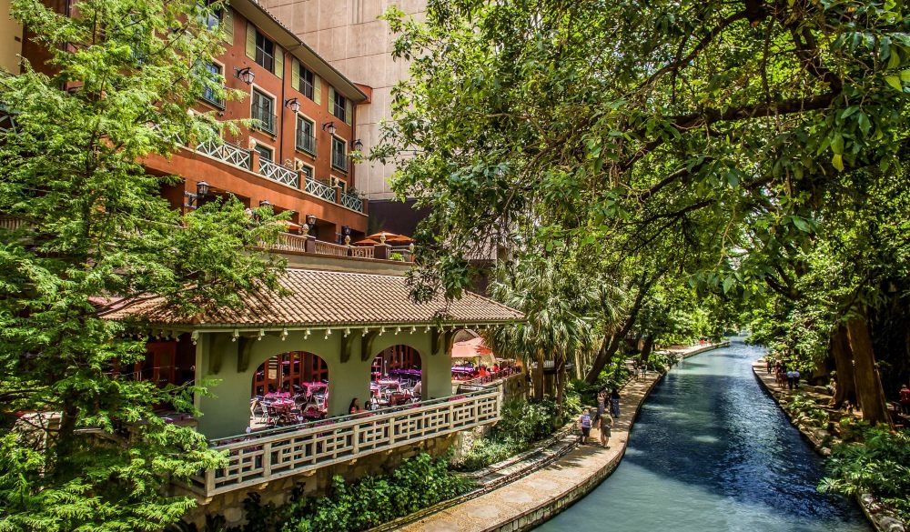 Hotel Valencia Riverwalk, popular san antonio hotel