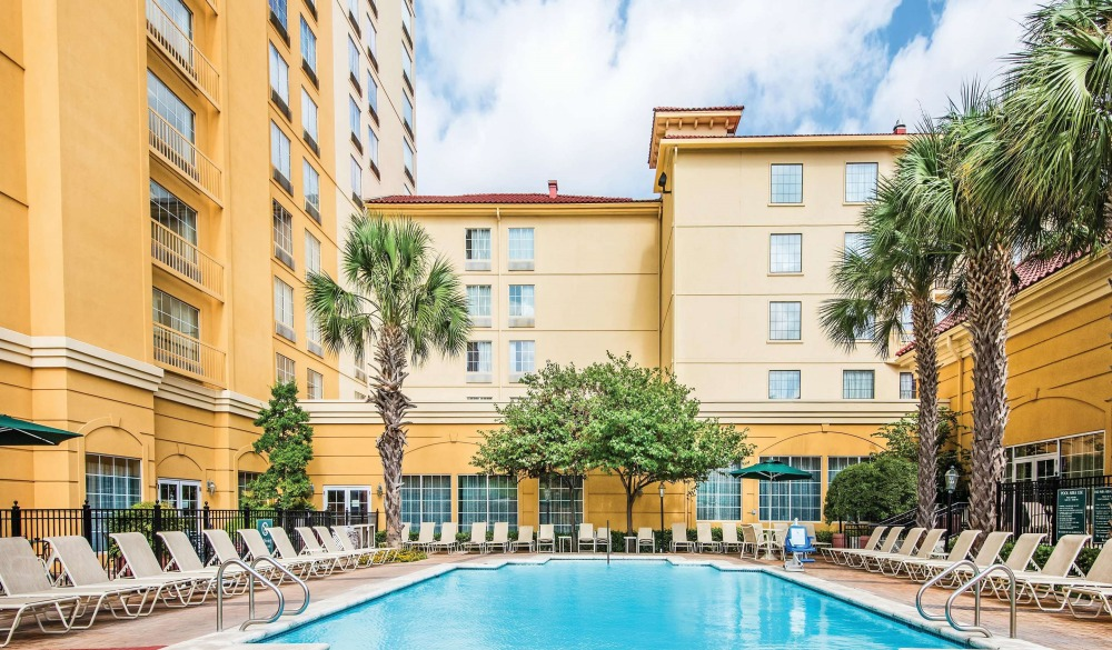 La Quinta Inn & Suites by Wyndham San Antonio Riverwalk, popular san antonio hotel